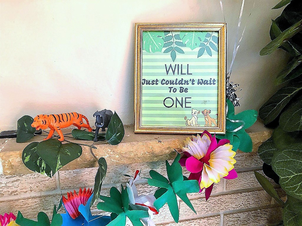 Free Lion King party printable