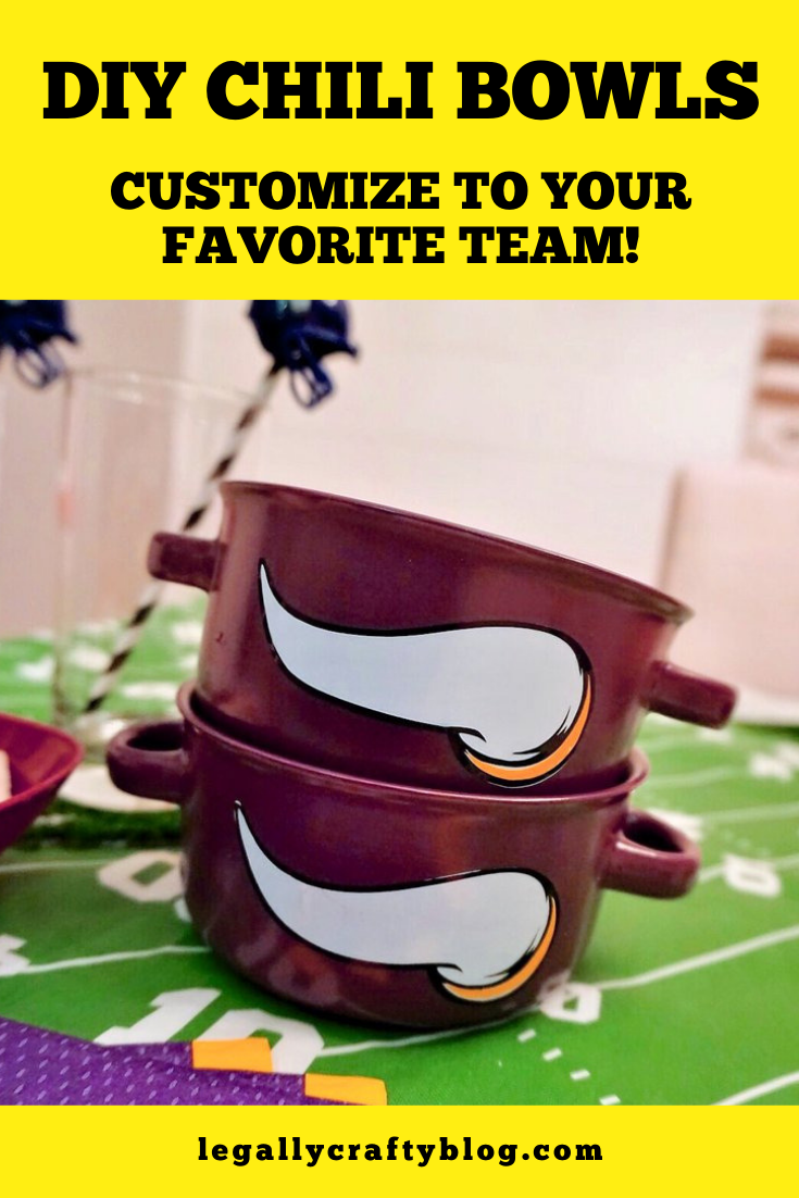 Grab dollar store soup bowls and customize them to make the perfect soup bowls with your favorite football team's logo! Click here for the details. Cricut or no Cricut, you can make this project! #footballcrafts #footballtheme #fallcrafts #footballfan #diysoupbowls #cricutmade #cricutvinyl #vinylprojects