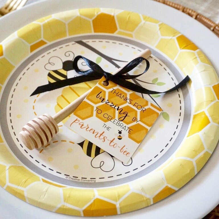 Bee baby shower plates and favor.