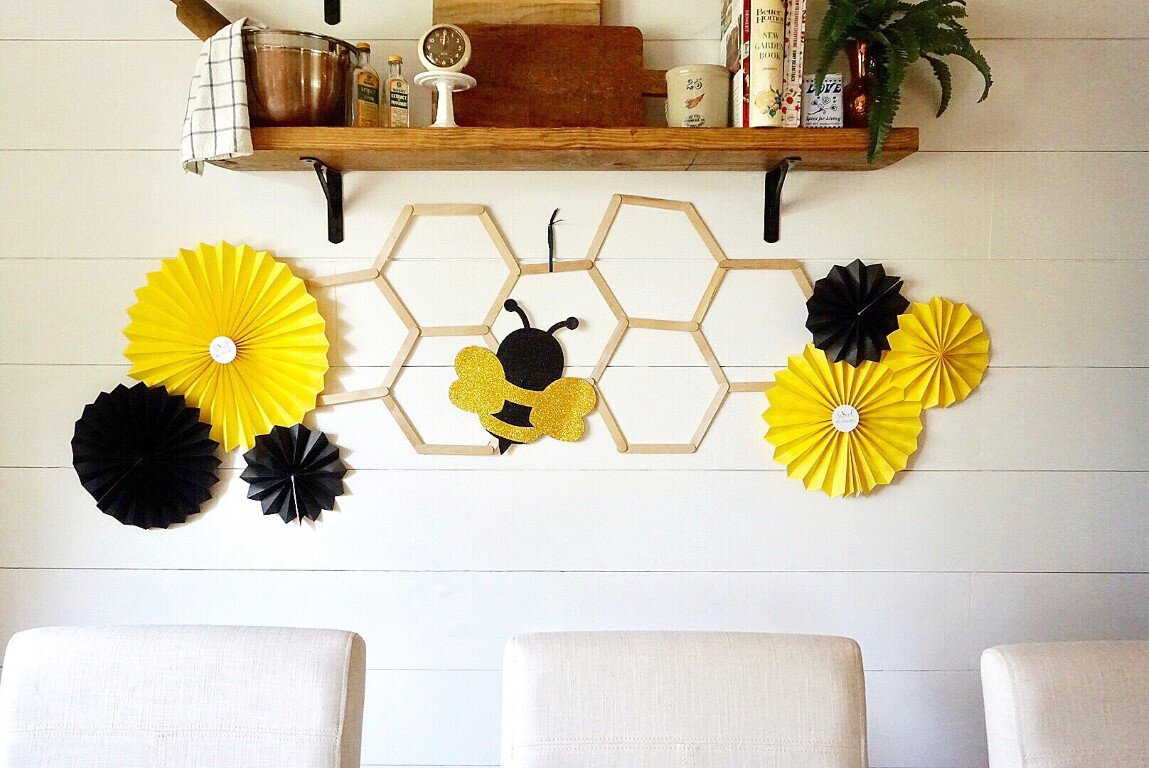 Bee themed baby shower DIY decorations