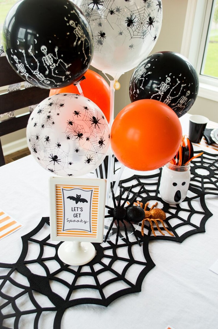 Halloween party ballons
