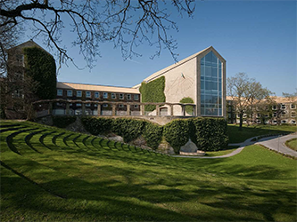 Aarhus University - Center for Computational Thinking & Design