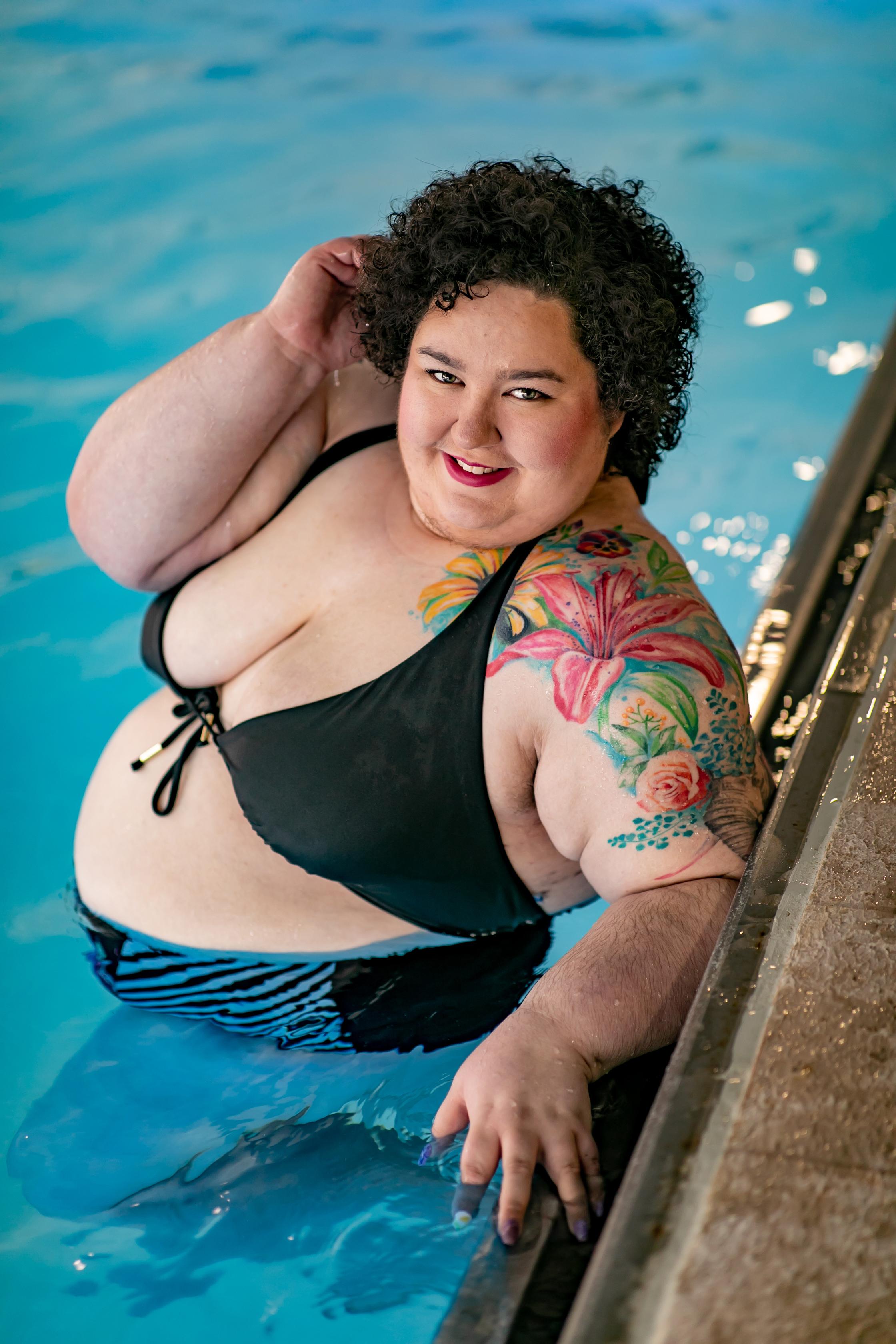 chicago lake county blogger influencer mechanic shop femme hilton hotel swimsuit-5957.jpg