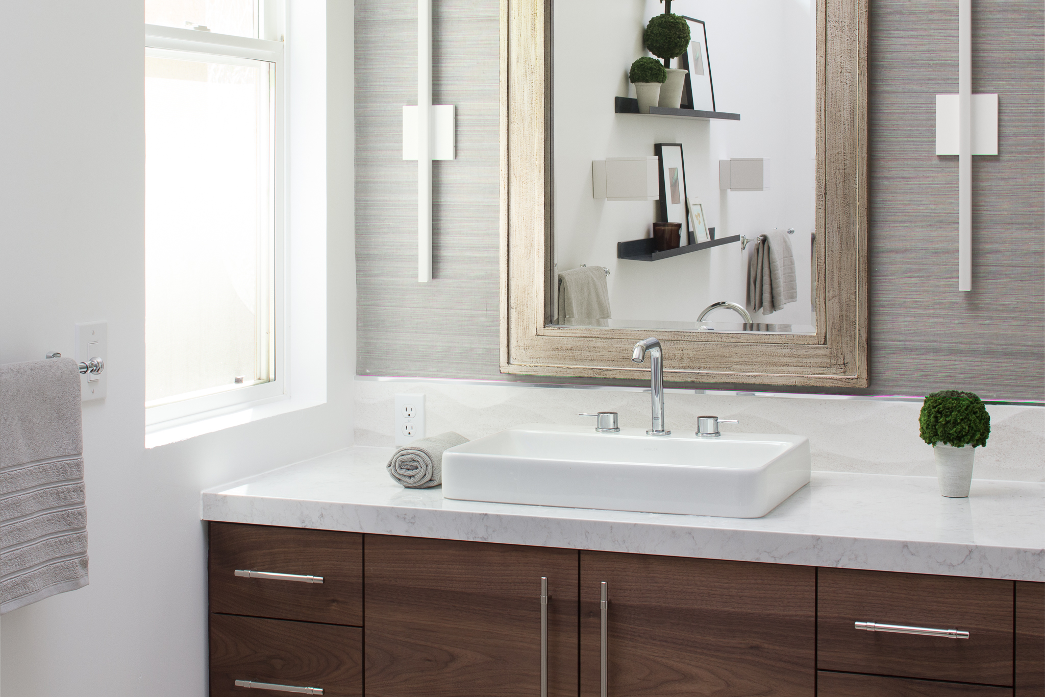 Tight Sink and Vanity.jpg