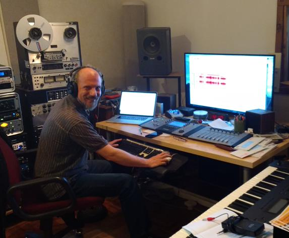 Here we go again! 2018, I launch into two new recording projects with my trusty engineer and musician, Phil Heaven:  Into the Promise of Morning , and  Singing the News . I'm celebrating 50 years as a working musician.