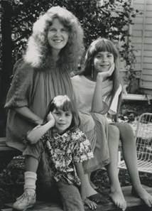 Linda, Jen, Kristin