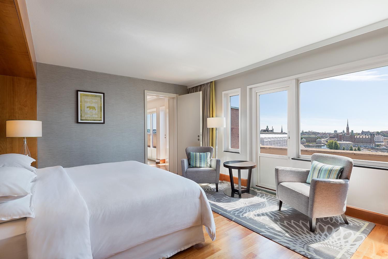 Ambassador Suite- Bedroom.jpg