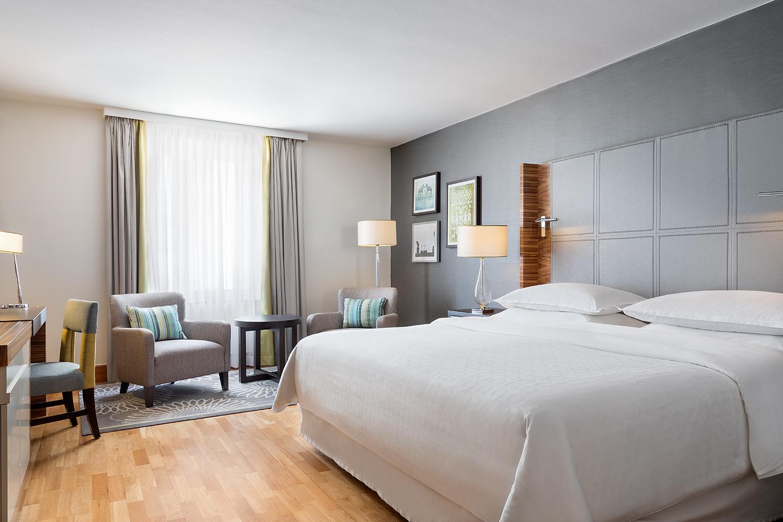Classic King Bedroom.jpg