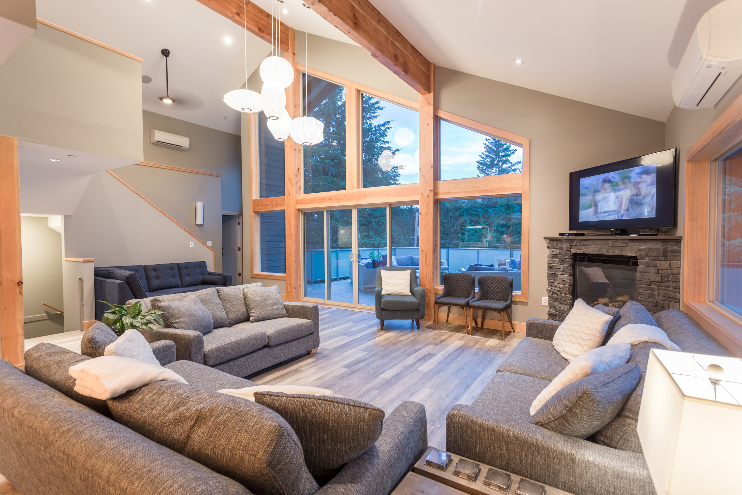 Alta Lake Chalet - Living Area