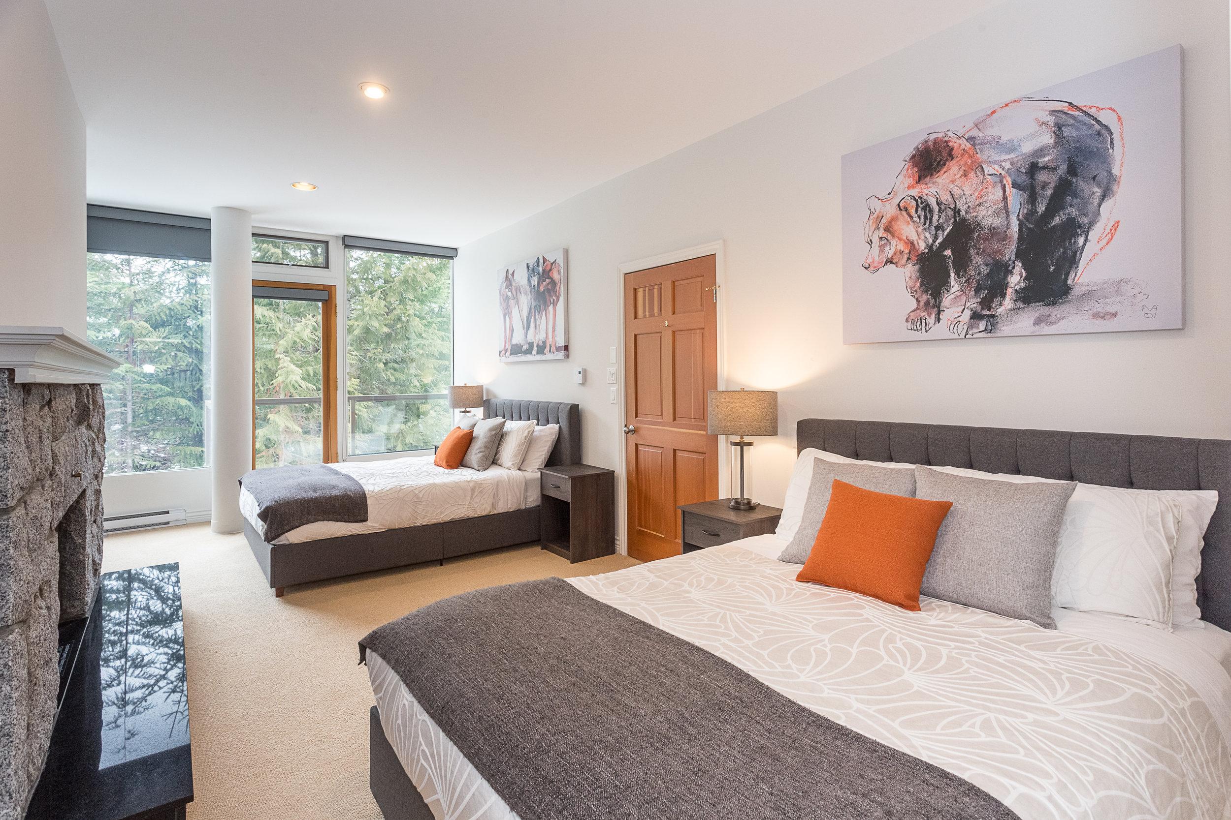 Night Hawk Lane - Big Bedroom