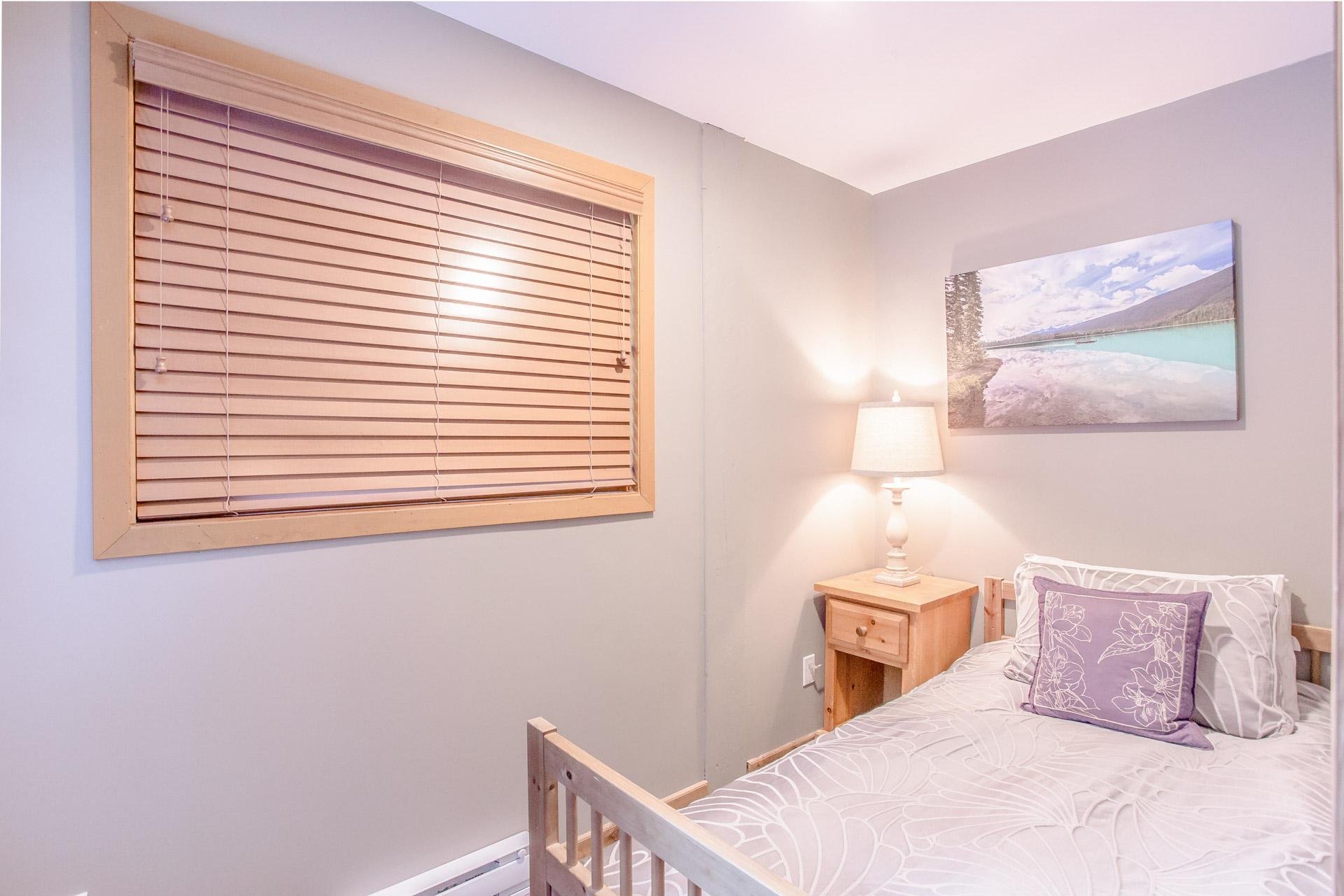 Aurora Lodge - Bedroom 4