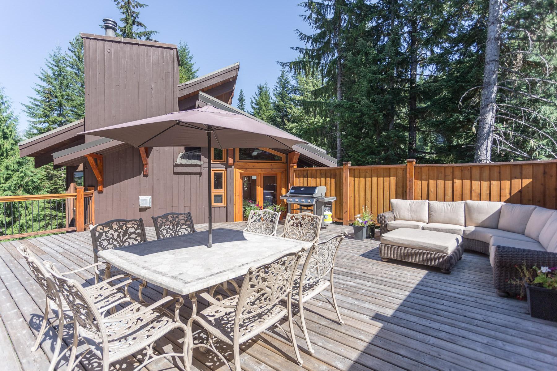 Copy of Aurora Lodge - Upper deck