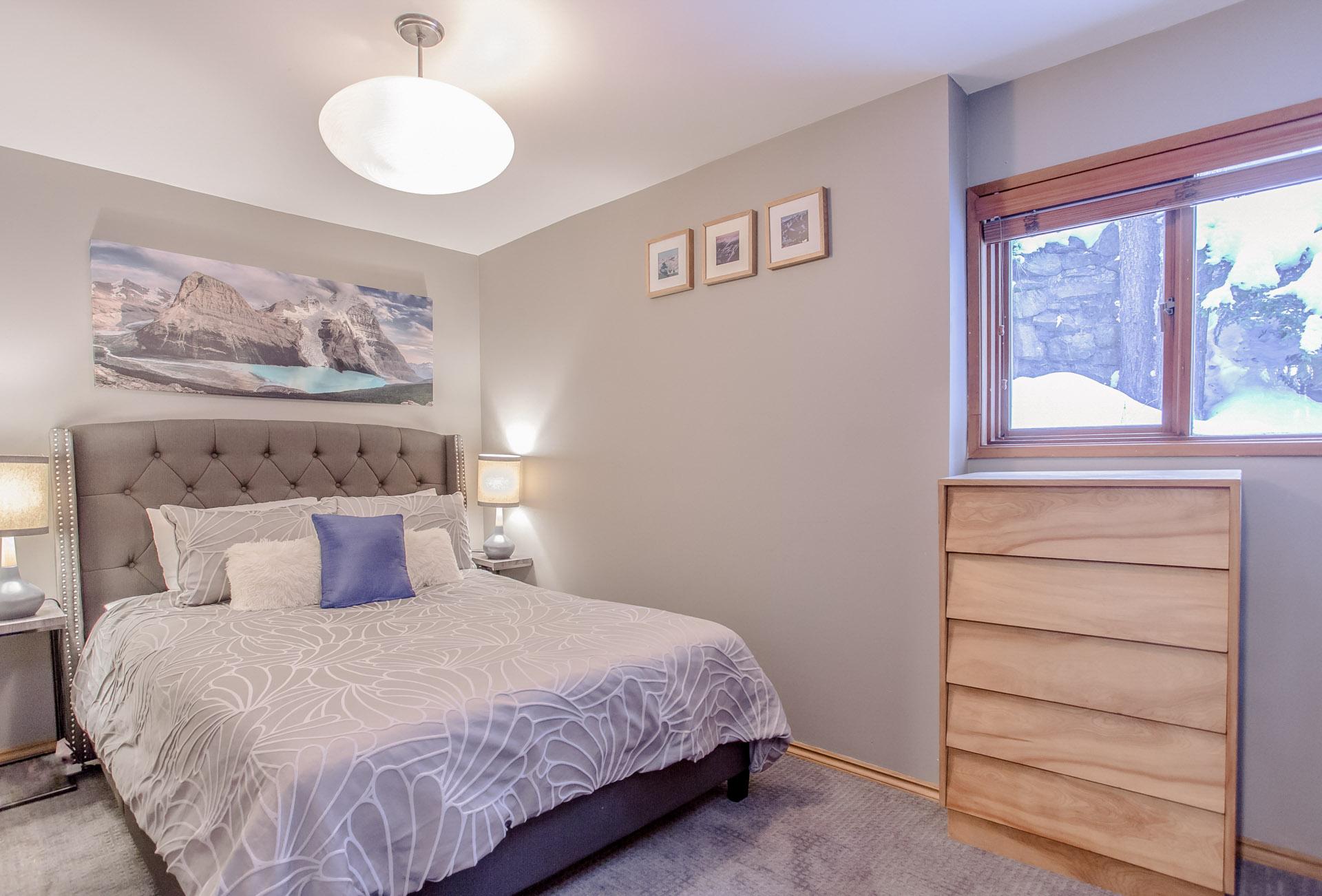 Aurora Lodge - Bedroom 5