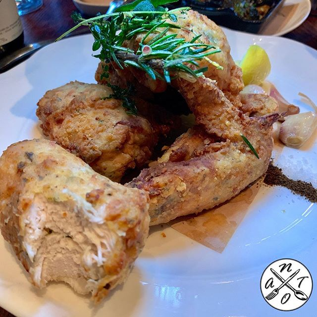 Wayfare Tavern #natoscore 6️⃣7️⃣7️⃣7️⃣ . Organic #friedchicken : buttermilk brine, roasted garlic, crisp herbs and lemon . . . #sf #sanfrancisco #sflife #sfeats #sfvibes #sfexperience #sfdining #sffood #foodie  #sfrestaurants #diningout #sffoodie #foodies #foodporn #hungry #tasting #onlyinsf #foodlover #tasty #yum #yummy #foodart #foodpics #foodiegram #foodstagram #bestfoodsf #dinner