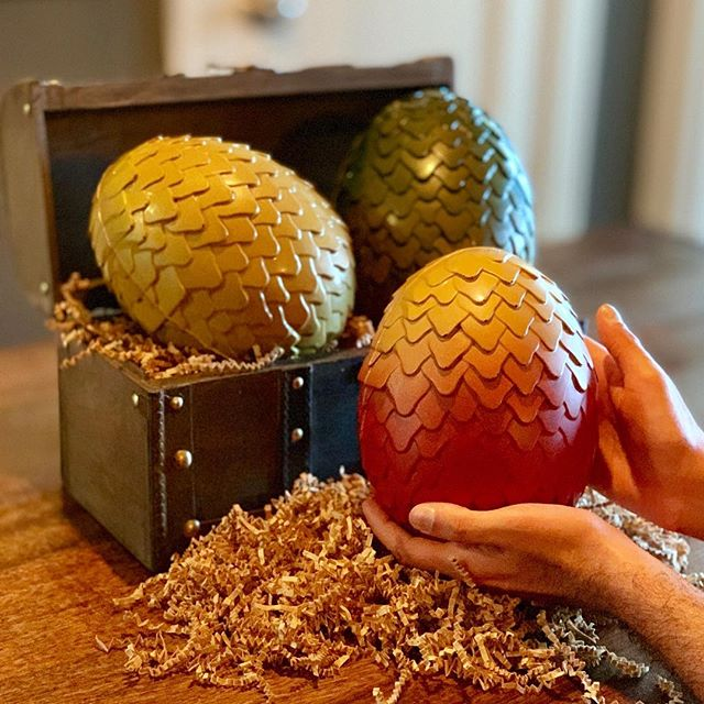 Thank you Littlejohn's candies for helping us prepare for the game of thrones premiere party!  These are milk and dark chocolate dragon eggs! #yum  Can't wait till they hatch 😉 . . . . . #natoscore  #sf #sanfrancisco #sflife #sfeats #sfvibes #sfexperience  #sffood #foodie  #sfrestaurants #sffoodie #foodies #foodporn #foodlover #tasty #yummy #foodart #foodpics #foodiegram #instafood  #forthethrone #gameofthrones #chocolate #motherofdragons #gotseason8 #winterishere #sweettreats