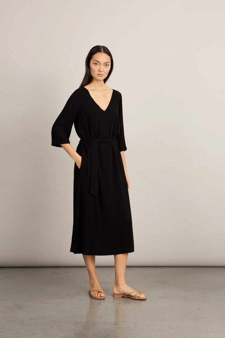 senna-dress-black-dress-stylein-445027_900x.jpg