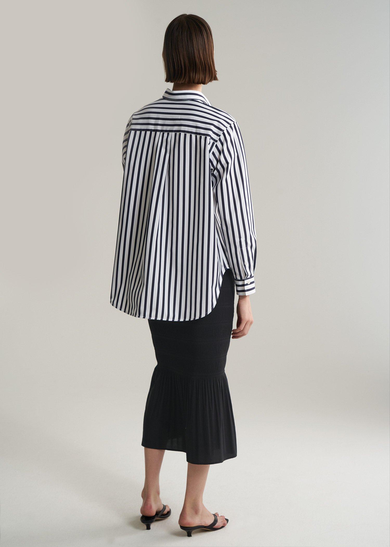 toteme_pf19_capri_stripe_back-1.jpg