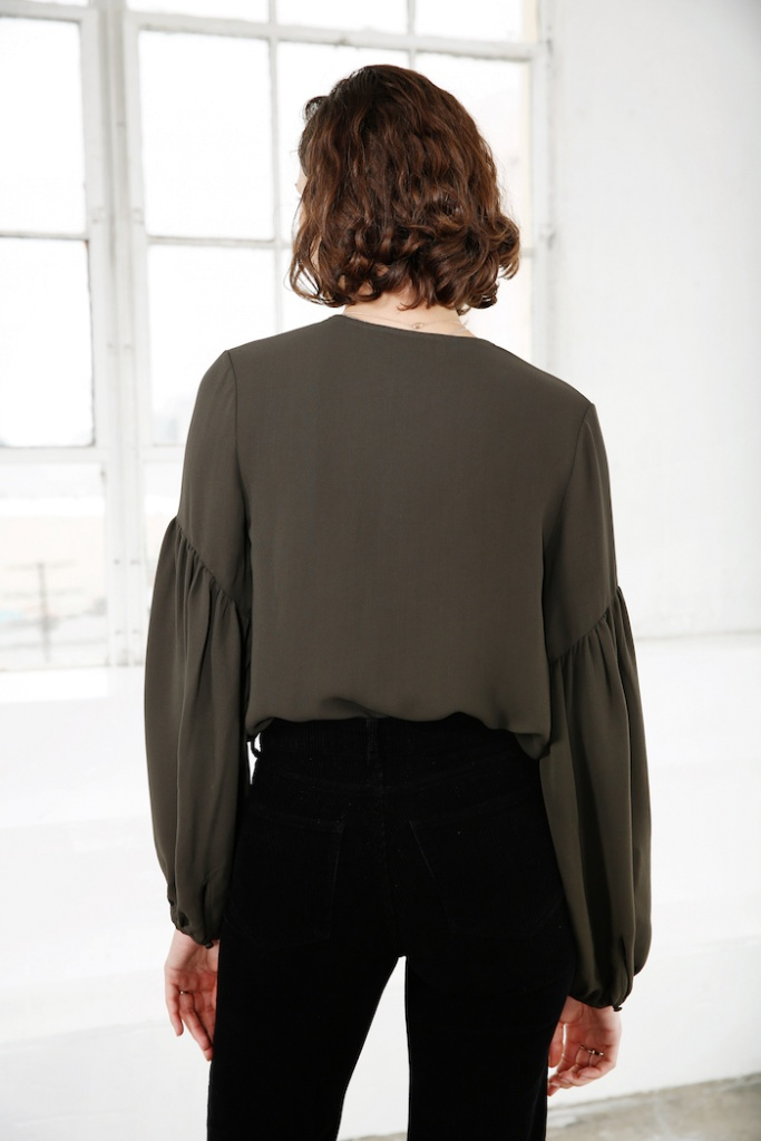atn1024_Ally-blouse-moss-green-mayla-aw19-3-lowres.jpg