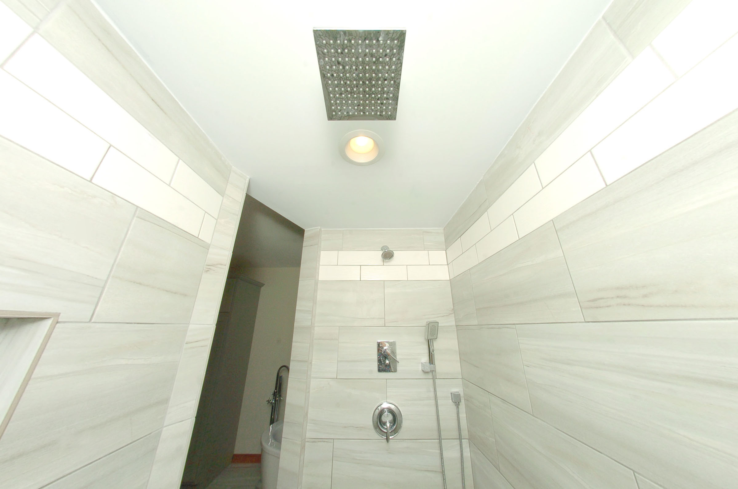 3 Shower heads in Master Suit.jpg
