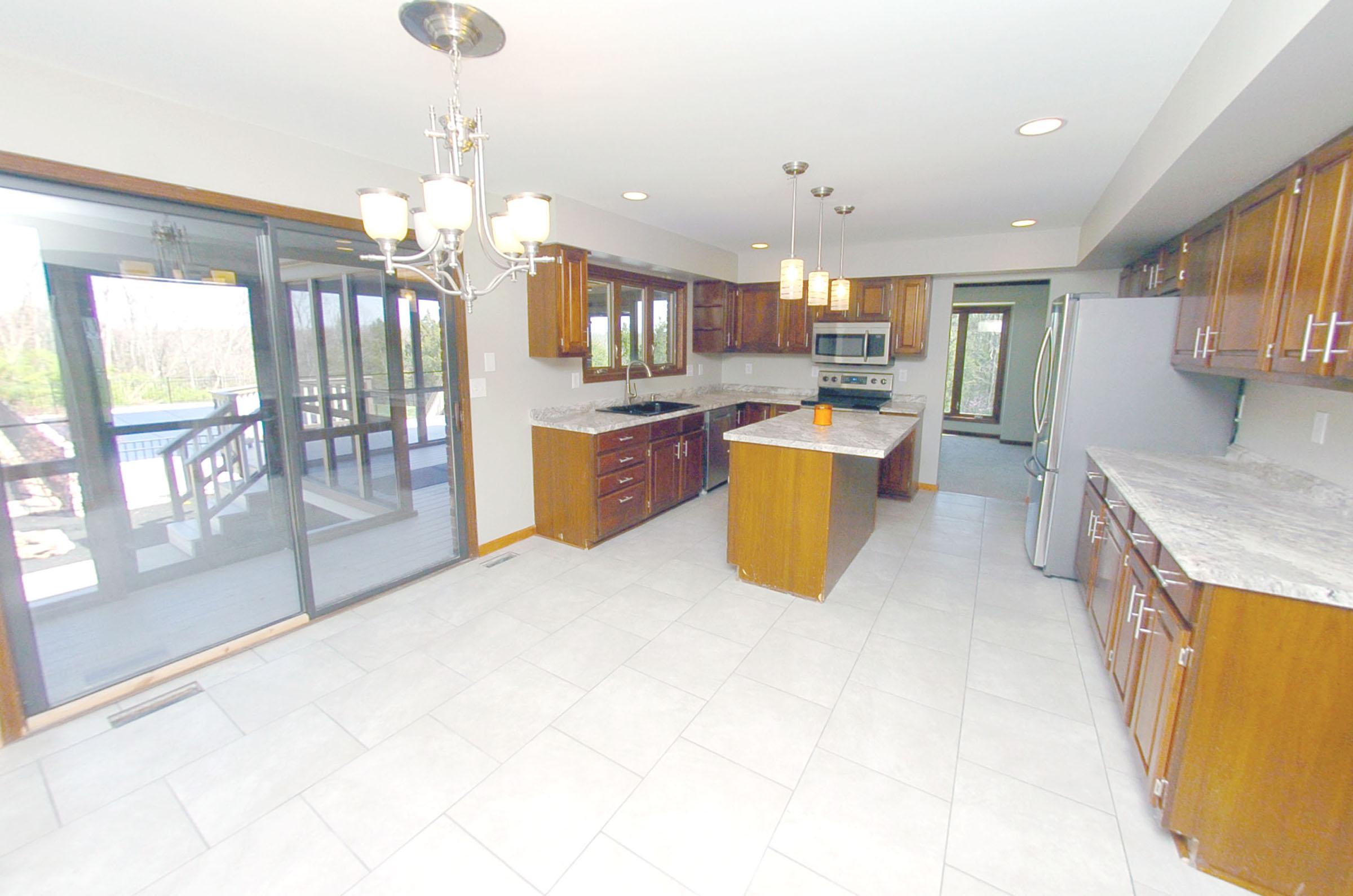 Kitchen 2nd view.jpg