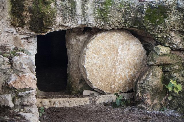 empty-tomb-3326100_640.jpg
