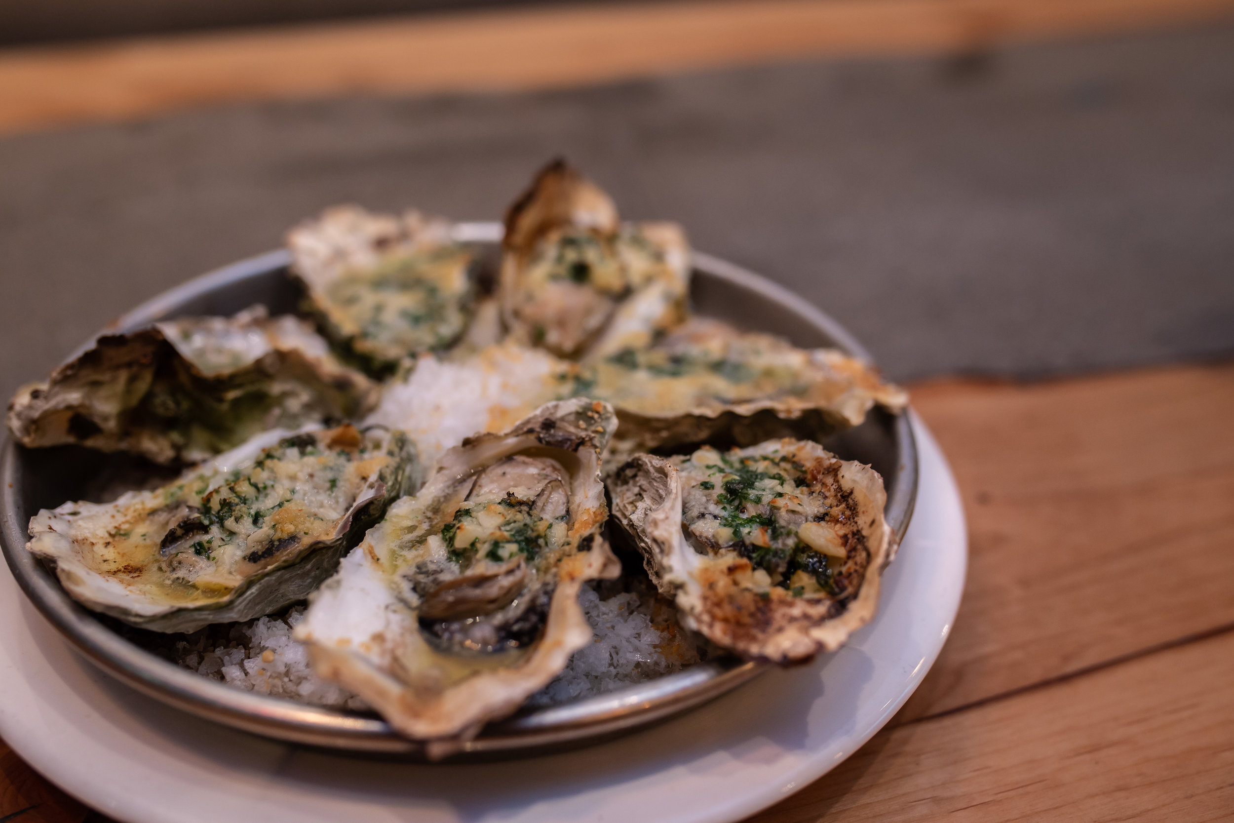 GARLIC BUTTERED & PARMESAN OYSTERS