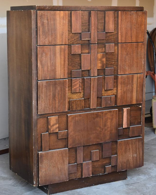 When you have a friend with a warehouse full of goodies that texts you at 8:30 in the morning on a Saturday to say she's getting rid of this gorgeous Lane Brutalist Midcentury Modern Tallboy Dresser and asks if you want it you say yes and start driving as soon as possible. #yesplease #illtakeit #onmyway #neversayno 😂#crimsonandoakdesigns #vintagefurniture #diy #comingsoon #availableforsale #MCM
