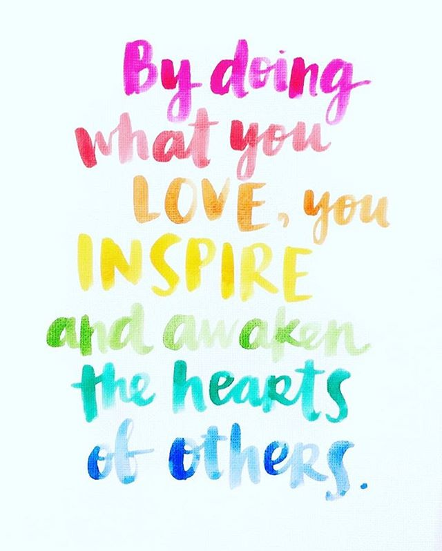 "Words to live by... 🎨 ""By doing what you love, you inspire and awaken the hearts of others."" ❤️ 🧡 💛 💚 💙 💜 #quoteoftheday #dowhatyoulove #getcreative #inspireothers #livethelifeyoulove #crimsonandoakdesigns #paintedfurniture #thoughtfulthursday"