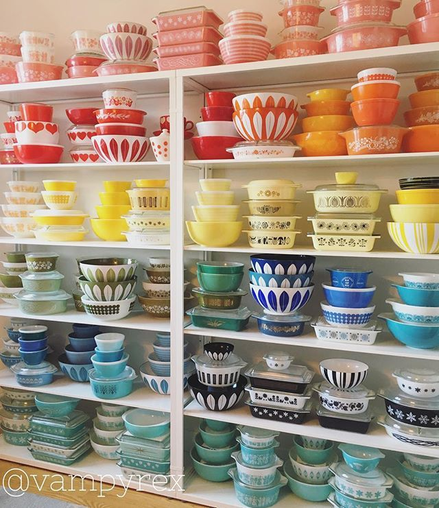 An AMAZING display of Pyrex!