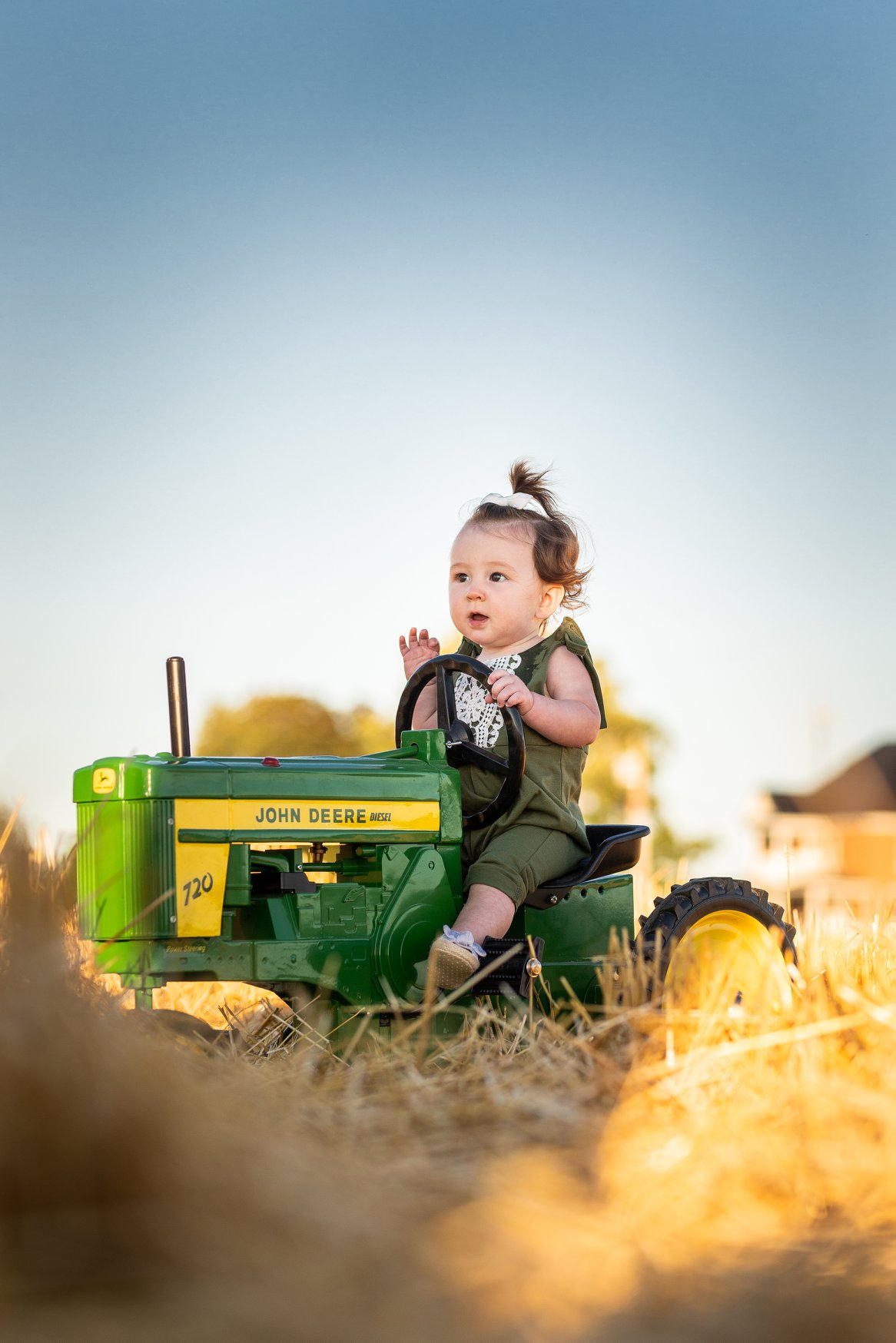 Jodie-Aldred-Photography-Chatham-Kent-Elgin-Middlesex-London-Ontario-Farm-Family-baby-john-deere.jpg