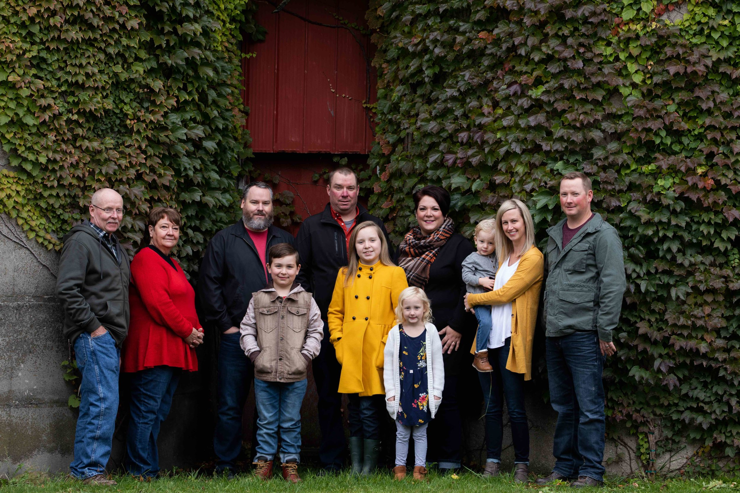 Jodie-Aldred-Photography-Chatham-Kent-Elgin-Middlesex-London-Ontario-Farm-Family-barn.jpg