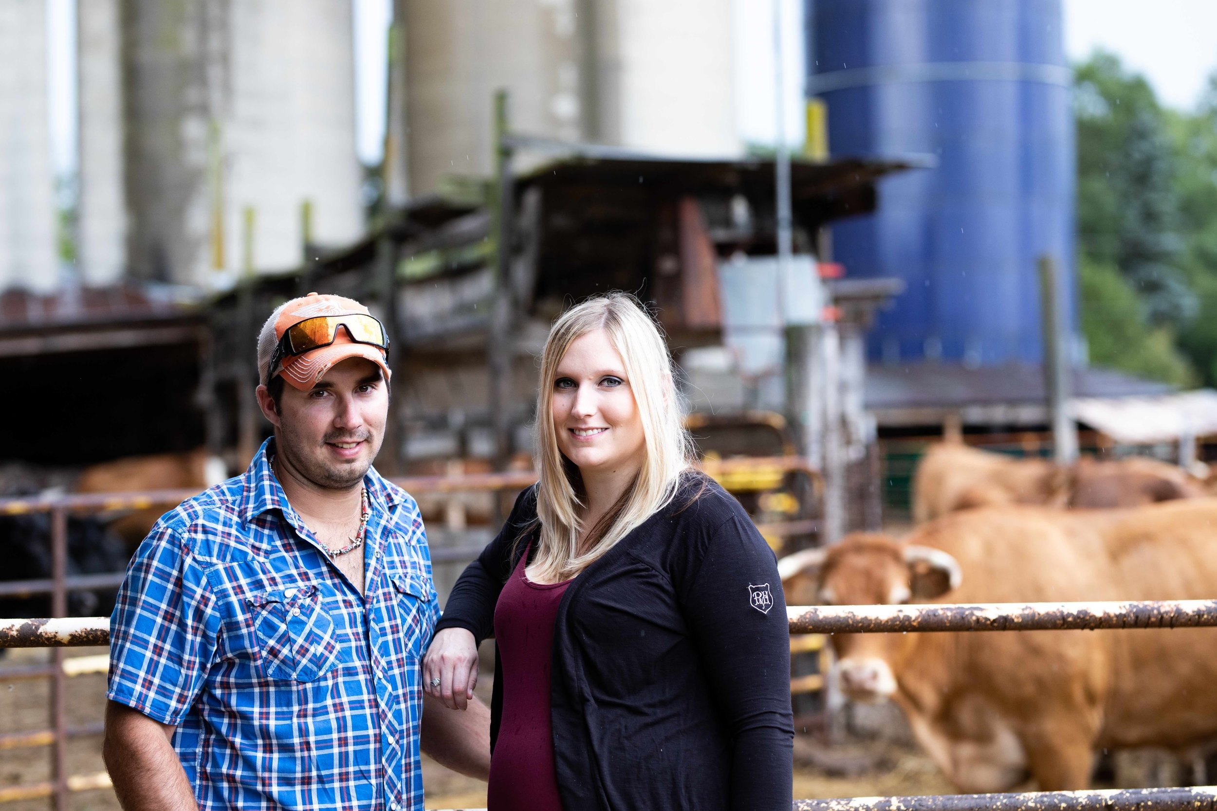 Jodie-Aldred-Photography-Chatham-Kent-Elgin-Middlesex-London-Ontario-Farm-Family-beef-couple.jpg