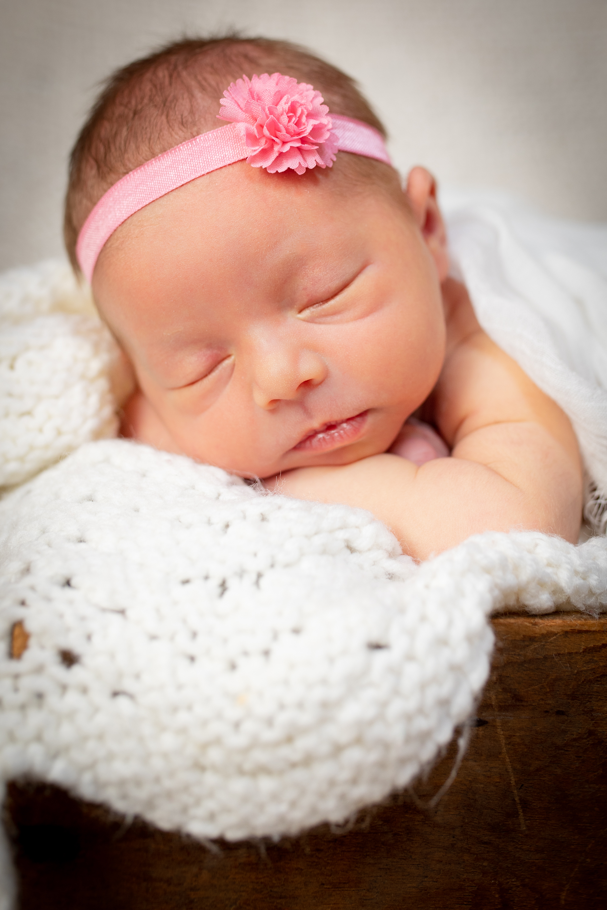 Newborn-London-Jodie-Aldred-Photography-Chatham-Middlesex-Lambton-Baby-girl-family-parents-ontario.jpg