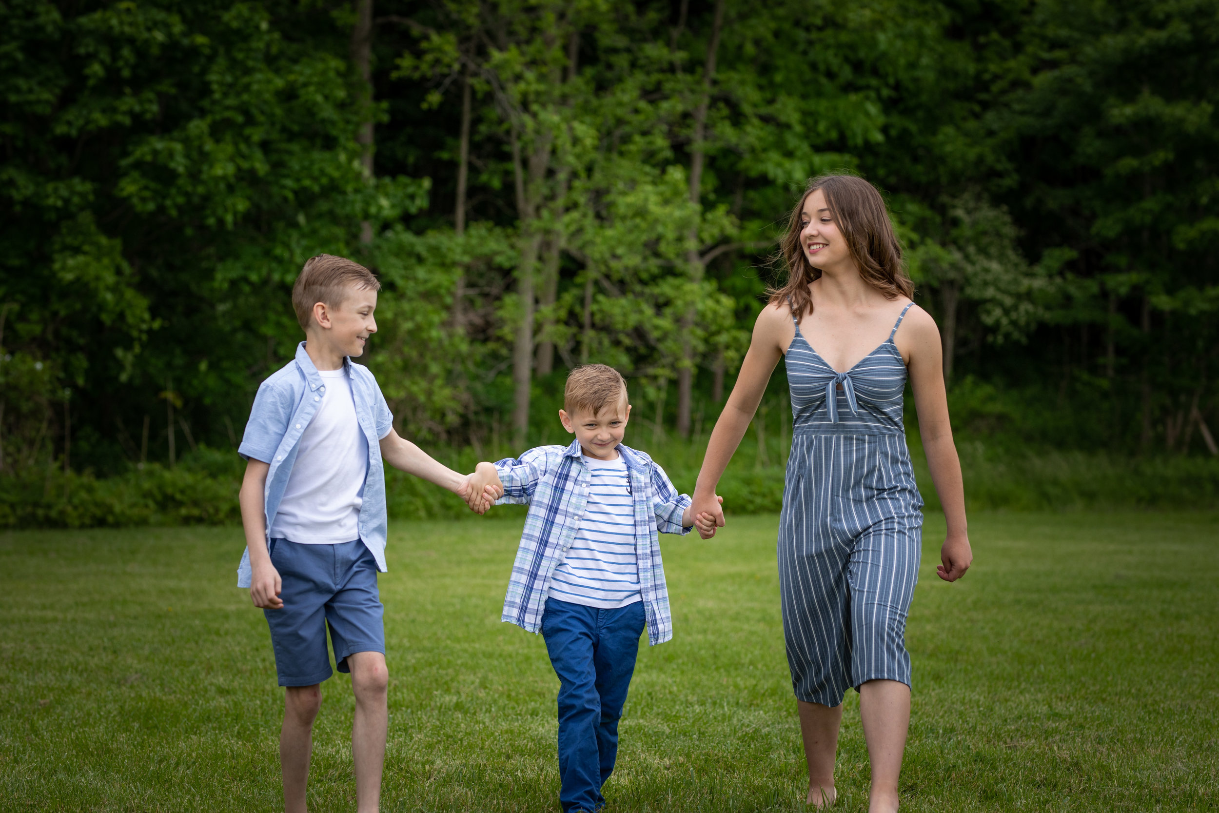Family-group-Jodie-Aldred-Photography-Elgin-Huron-Middlesex-Family-Kids-London-Ontario-Photographer