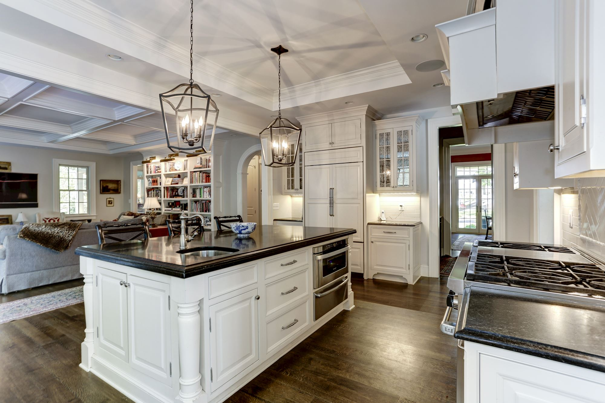 GREATJONES-WOODLEY-KITCHEN-2.jpg