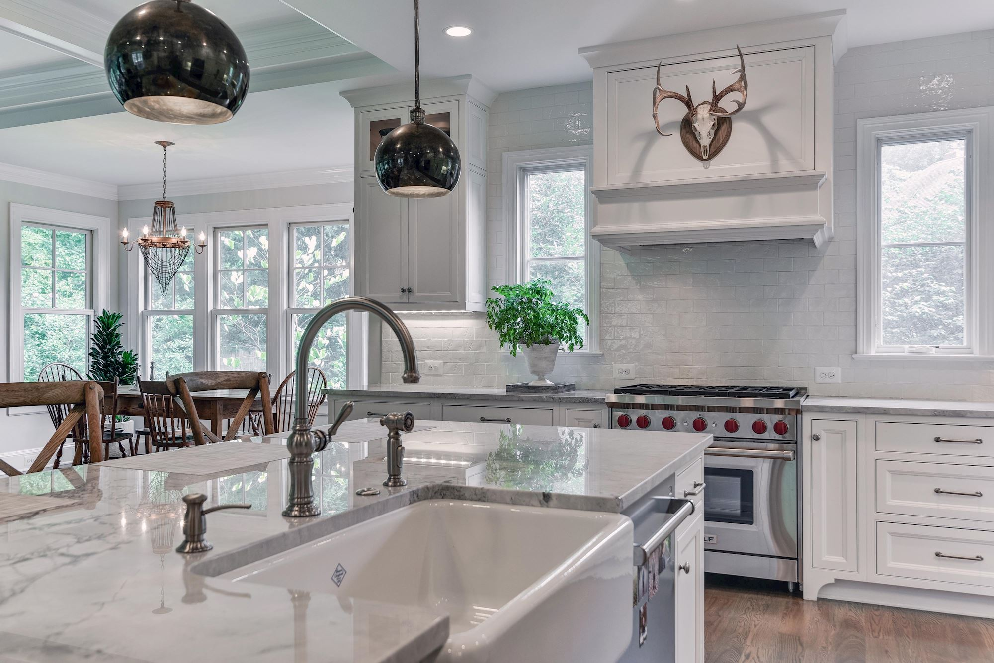 GREATJONES-35TH-KITCHEN-8.jpg