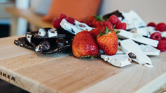 our little twist on your favorite seasonal cheese platter, but now with chocolate and berries!! YUM