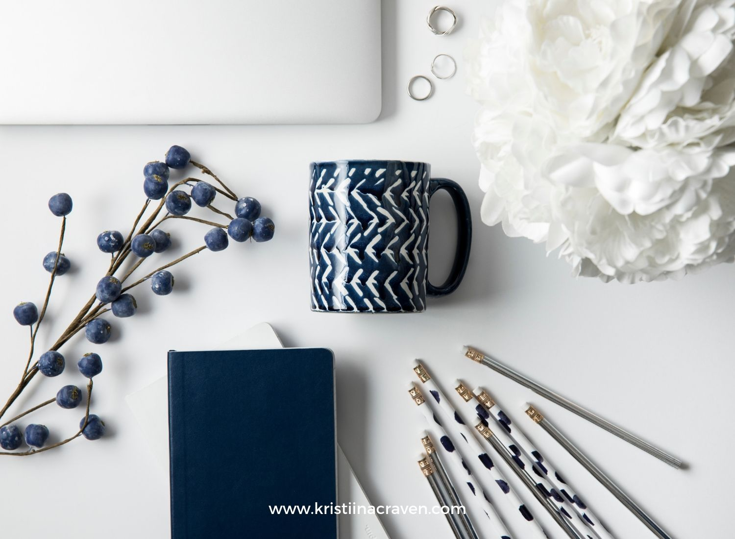 Learn how to take your own flat lay photos for better Pinterest images. Leverage your blog with great photography on Pinterest.