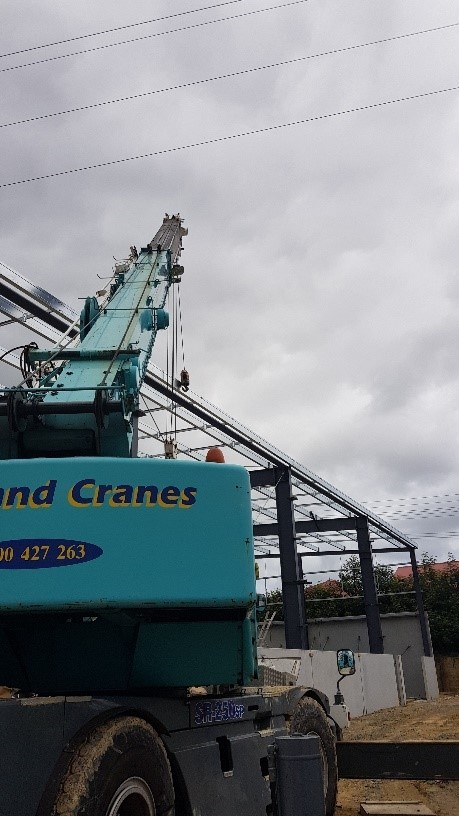 Lifting Matters Auckland Powerlines Incident 1.jpg