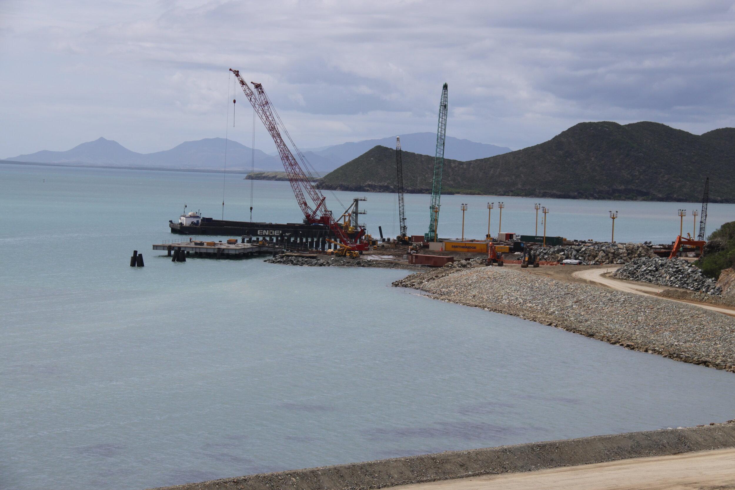 2010 Koniambo main wharf 17-01-10 (12).JPG
