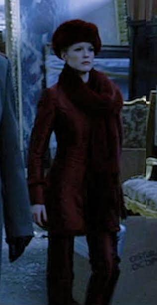 Elsa in red,  Hellboy 2004