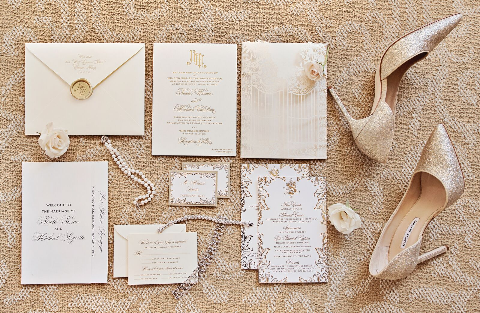 Photography:  Carasco Photograph y | Invitations:  Elizabeth Grace  | Menus:  Gourmet Invitations
