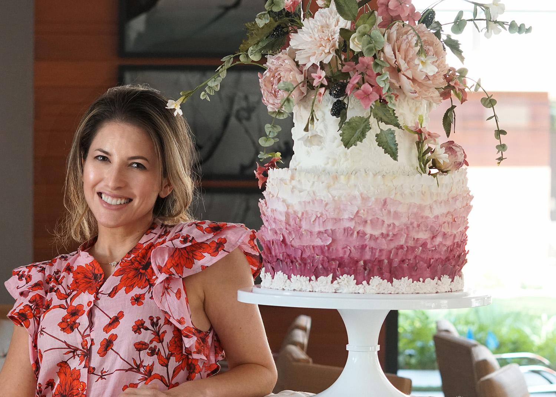 julie sheryl cake 1.jpg