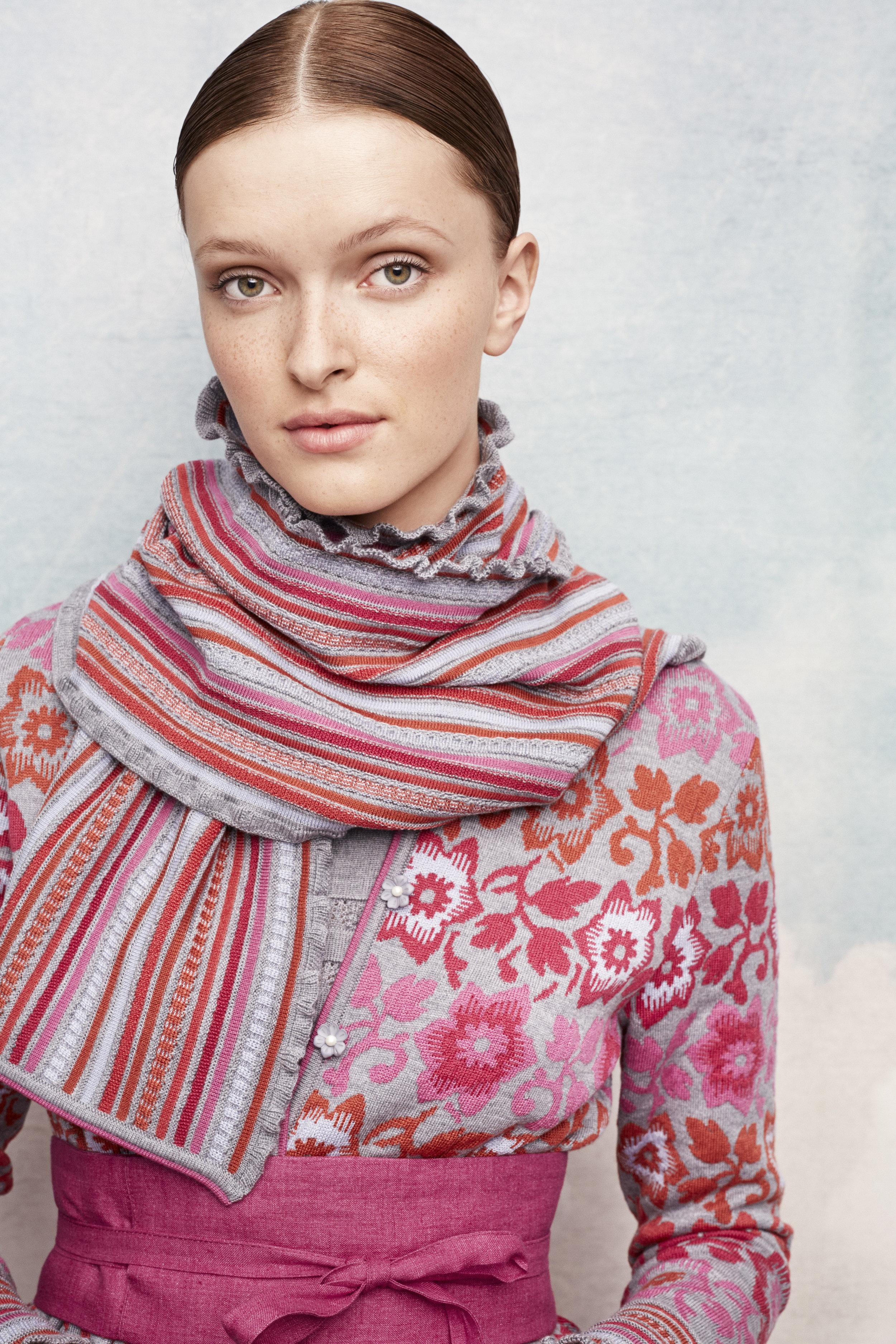 oleana-sweater-343D-346d.jpg