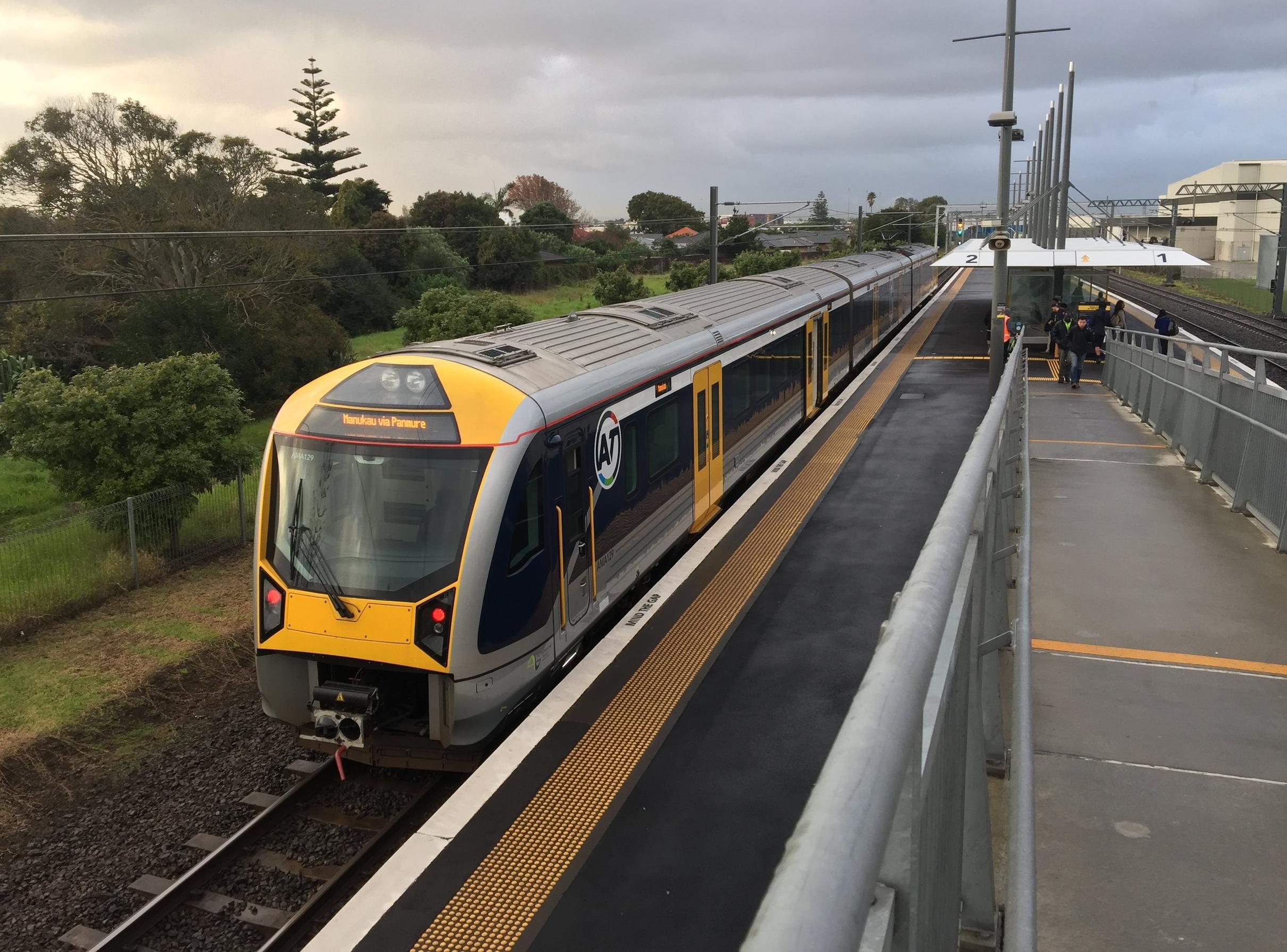 Auckland-rail-RIC.jpg