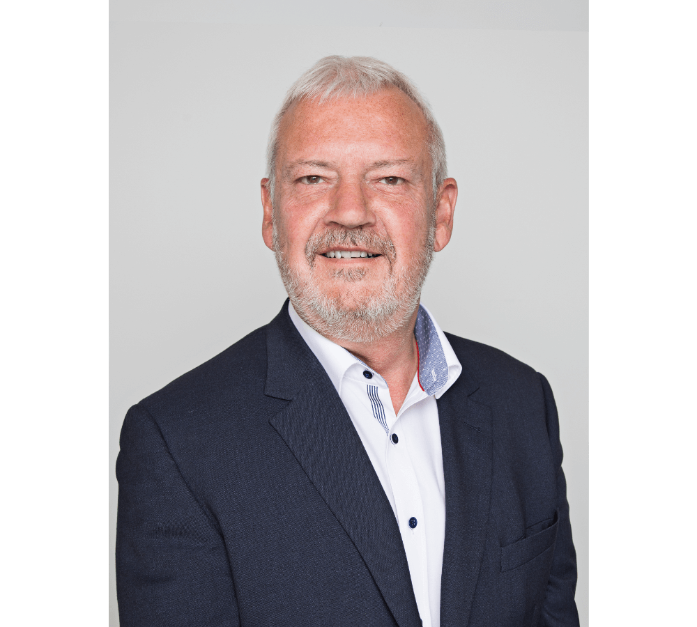Lars Bryde - CEO/PartnerTel. +45 40 33 16 30Direct: +45 69 13 88 90E-mail: lb@bentsen.com