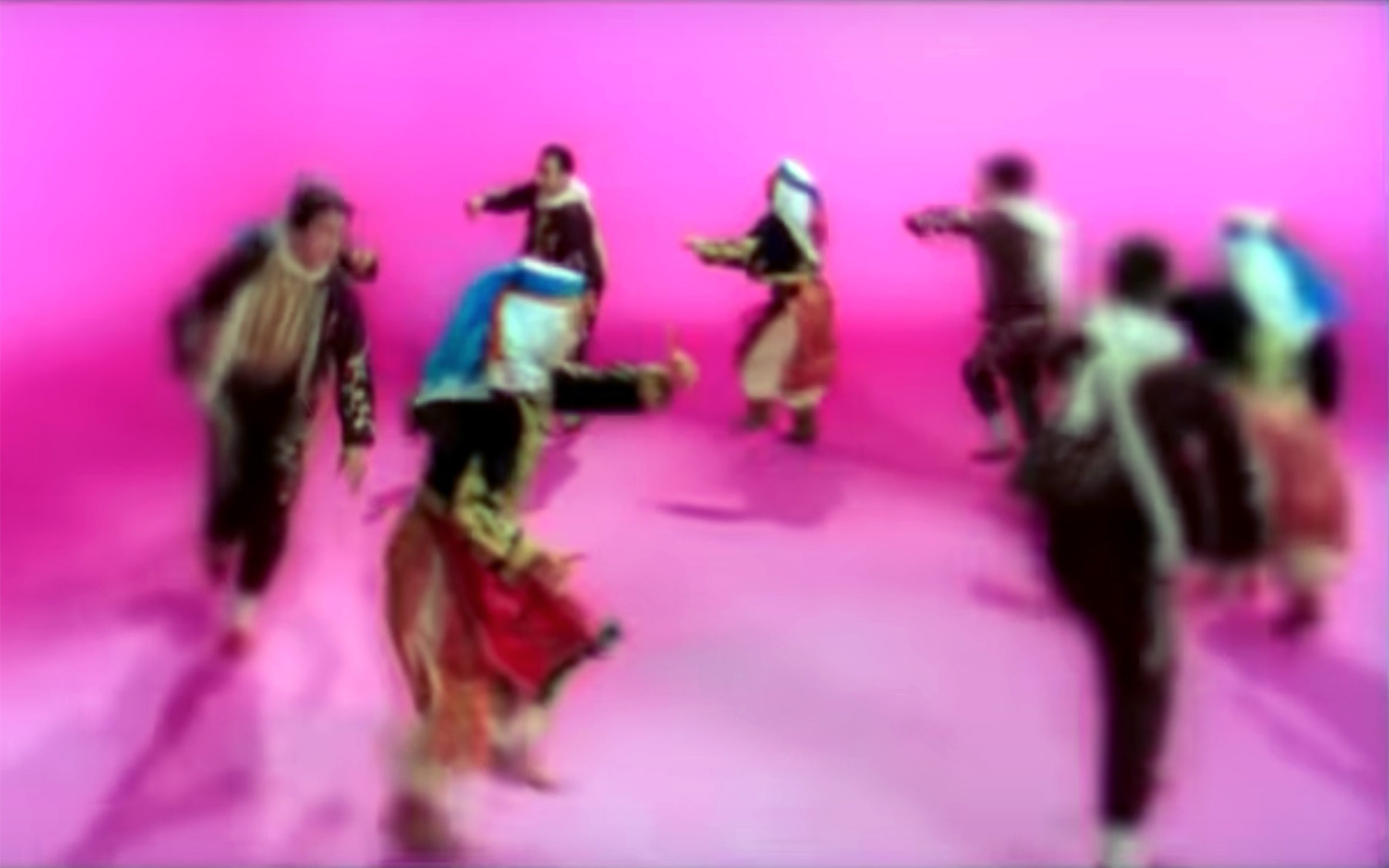 366.Hamçökelek / Turkey - Hamçökelek is a Turkish folk dance. The meter is 4/4. It is danced by Anatolian Hemshin people, Crypto-Armenians, Yörük and others. Its light-hearted lyrics tell the story of a village man's plot to seduce his love.