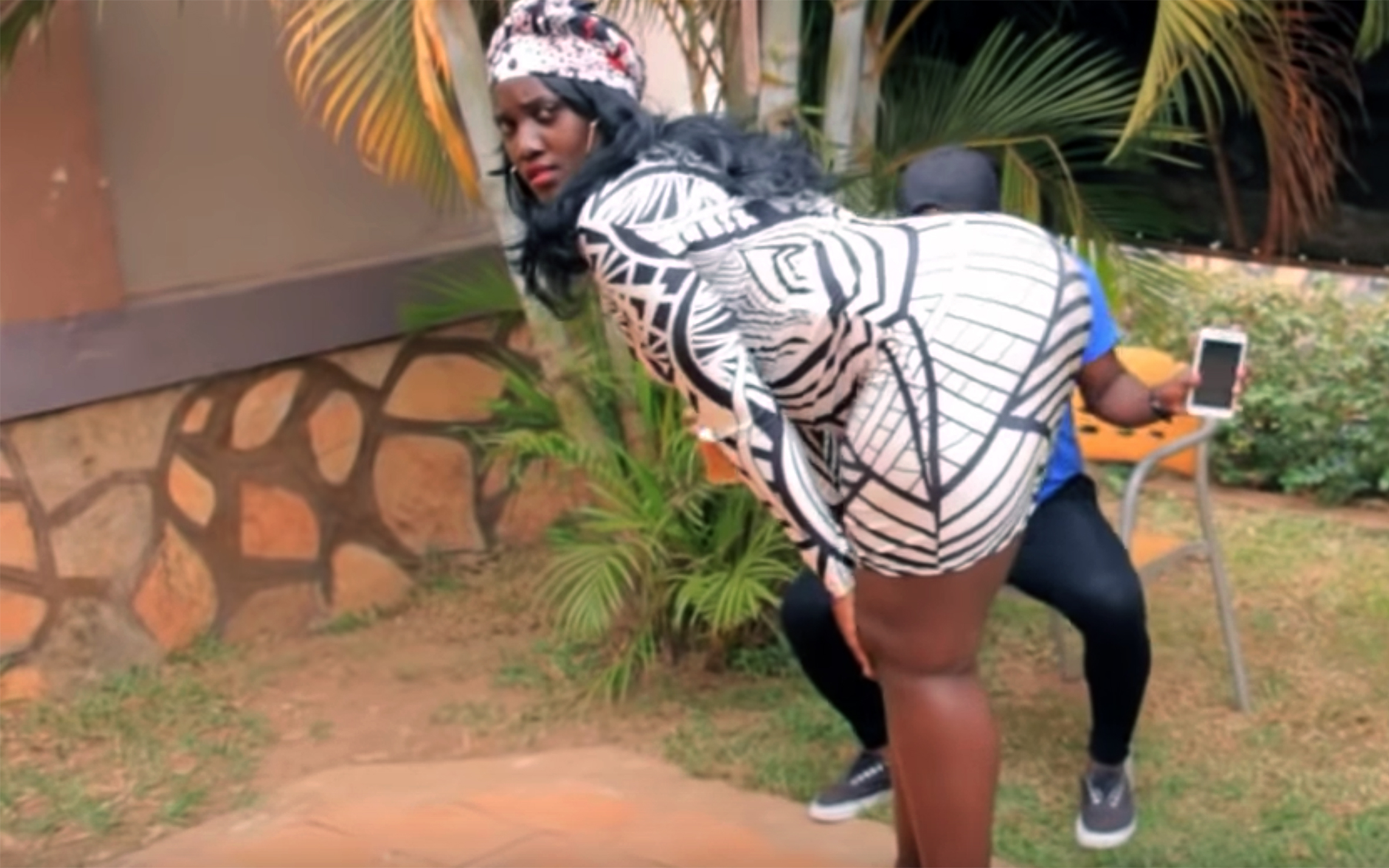 "484.King kong / Uganda - King kong is a comedy dance by a famous Ugandan comedian called ""King Kong""."