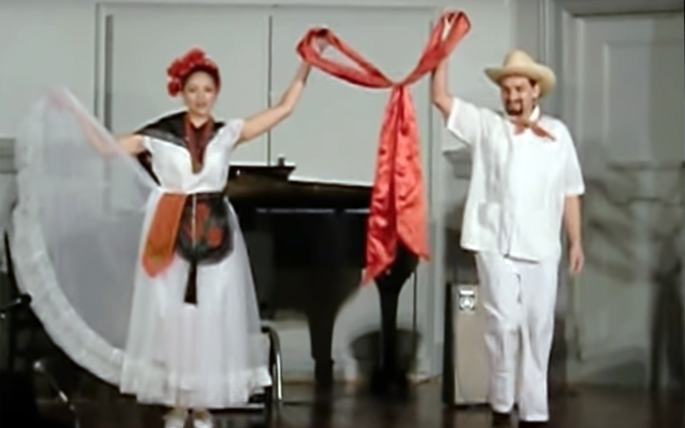 521.LA Bamba / Mexico / Latin America - LA Bamba is a popular song of Mexican origin that is well known across the Latin America. It is usually danced in family reunions.