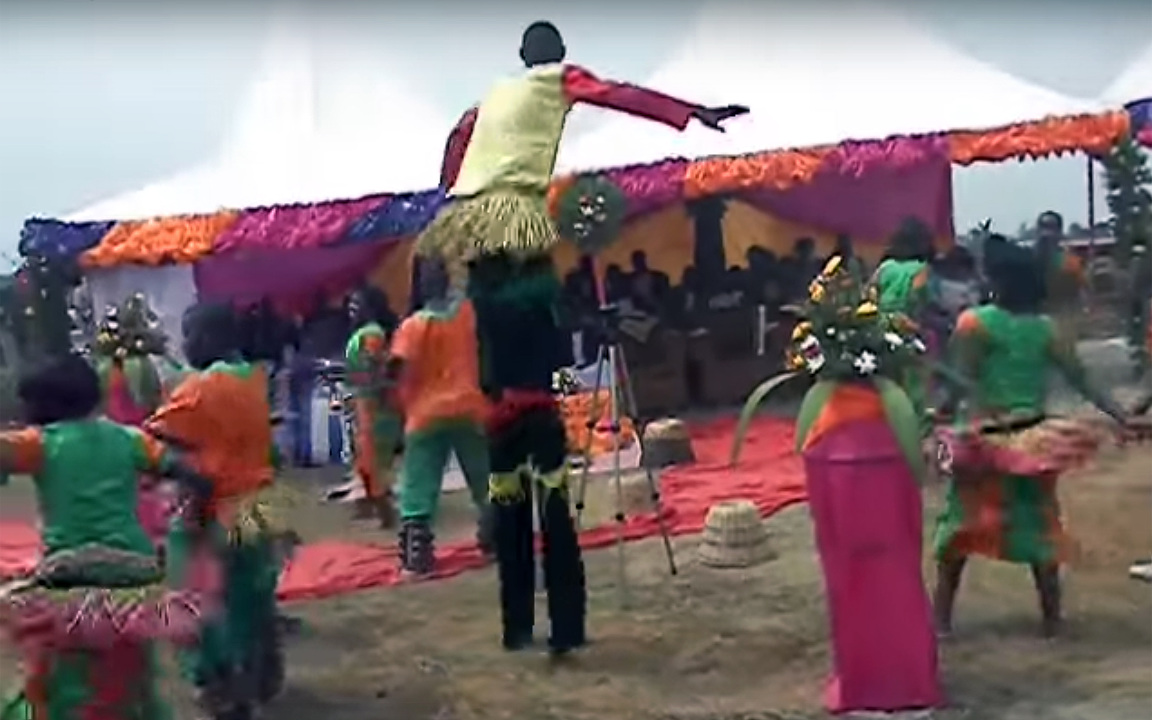 887.Tooro DANCES / Uganda - Tooro DANCES are dances performed by the Tooro people, living in one of the five traditional kingdoms located within the borders of Uganda.